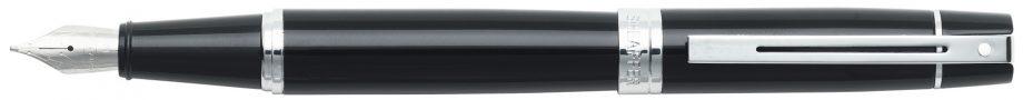 Sheaffer® 300 Glossy Black Lacquer Fountain Pen